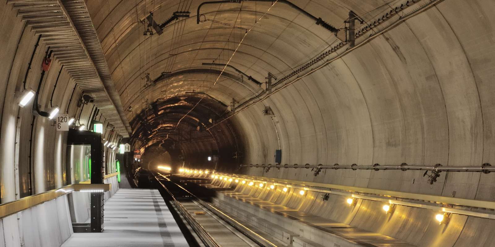 gotthard-basis-tunnel